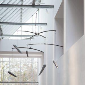 Peter Wächtler: Ohne Titel (Füller) / Untitled (Fountain pens), 2019, Probeinstallation / trial installation Museum Marta Herford, Foto / photo: Hans Schröder © VG Bild-Kunst, Bonn 2020