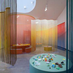 Blick in die Ausstellung Ausbruch aus der Fläche, Erika Hock, Salon Tactile, 2018 © Der Künstler