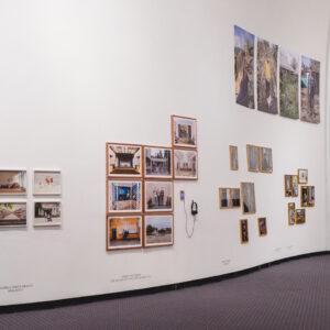 Blick in die Ausstellung Kosmos, ausgewählte Werke, 2017